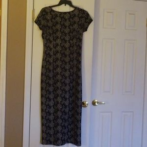 Long fitted dress